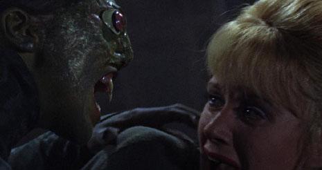 femme reptile